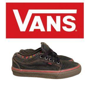 Vans Chukka Low Pro - Size 7